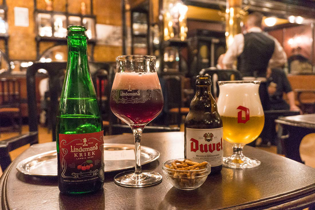 How to spend a weekend in Brussels, Belgium   Things to do   bars