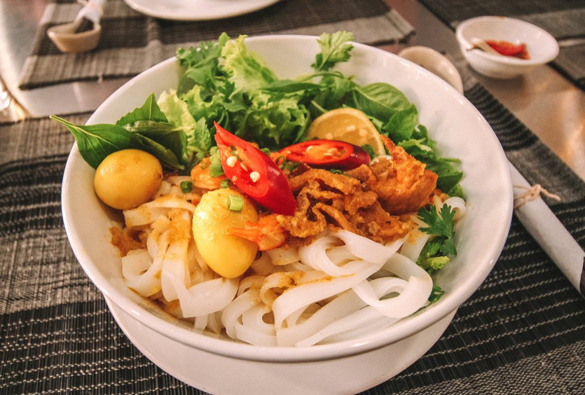 The best street food to try in Hoi An, Vietnam blog post | mi quang