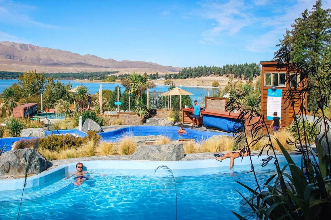 20 best places to visit in New Zealand's south island lake tekapo