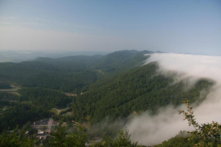 fog flow through cumberland gap