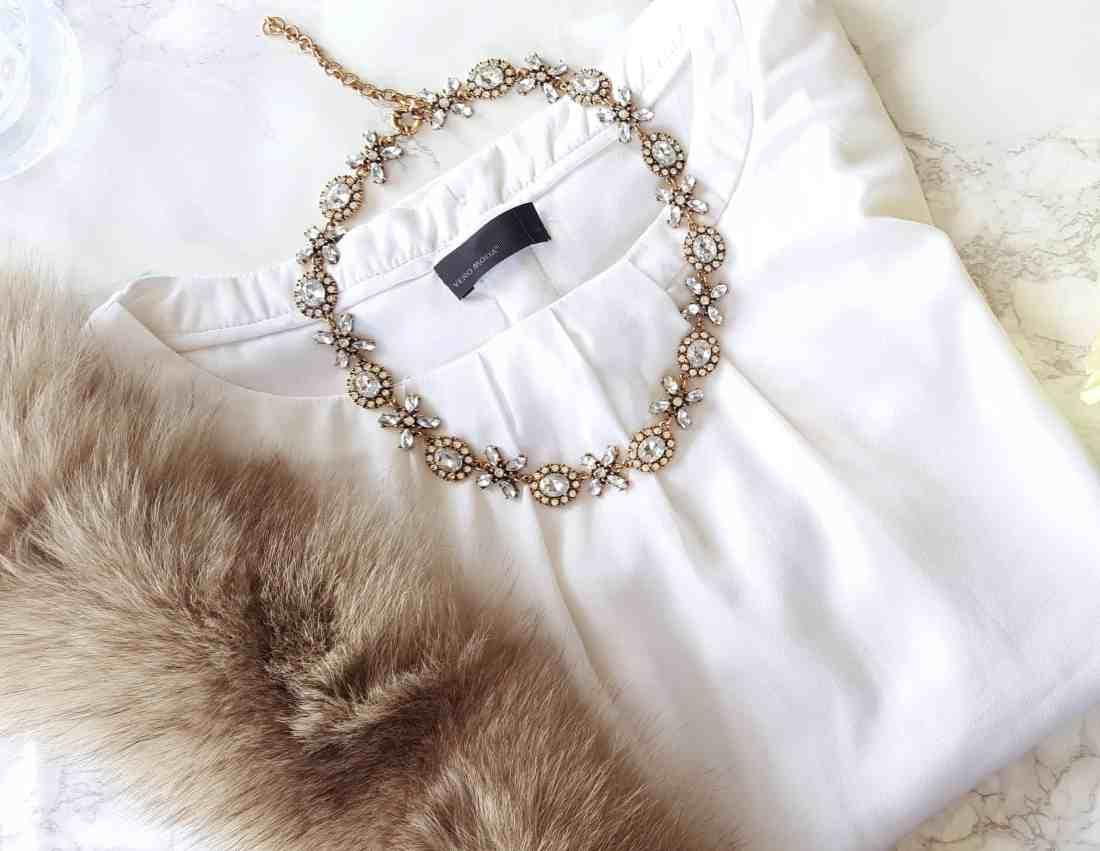 Happiness Boutique Jasmine Blossom Statement Necklace