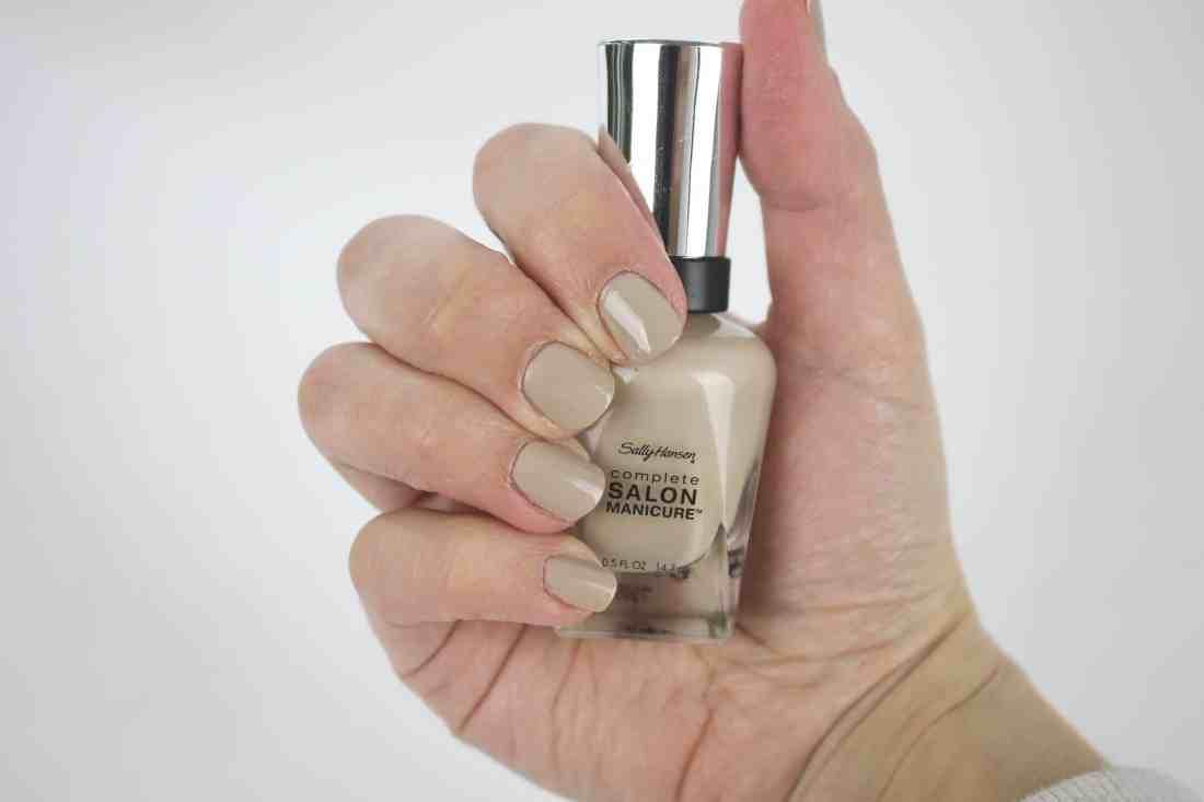 Sally Hansen Complete Salon Manicure in 374 know the espa-drille