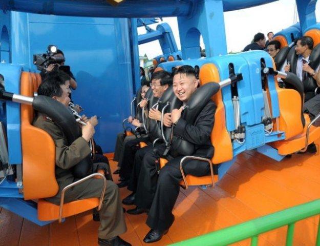 kim-jong-un-roller-coaster-e