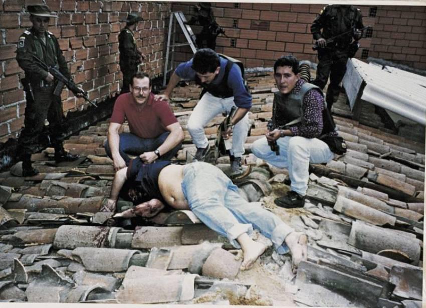Foto real da morte de Pablo Escobar