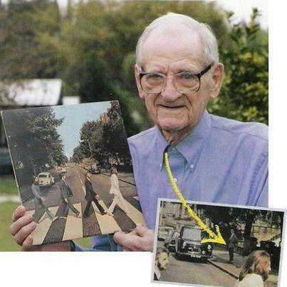 Lembram do homem parado no outro lado da rua na célebre foto dos Beatles? O nome dele é Paul Cole