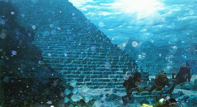 Under the sea steps Cambay