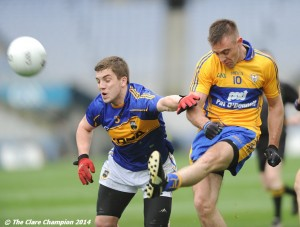 Shane Mc Grath of Clare in action against Robbie Kiely of Tipperary during the Division 4 League final in Croke Park. Photograph by John Kelly.