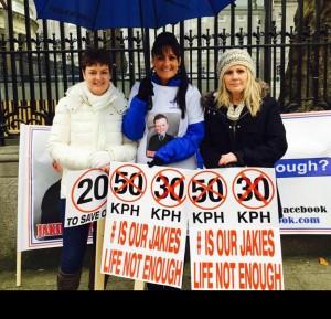 Paula Flynn, Roseanne Brennan and Rita Malone outside Dáil Éireann.