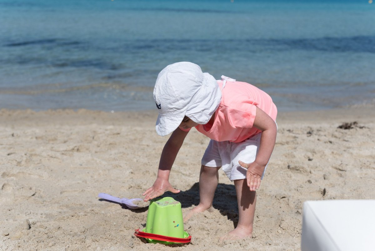 How to Take Great Family Holiday Photos
