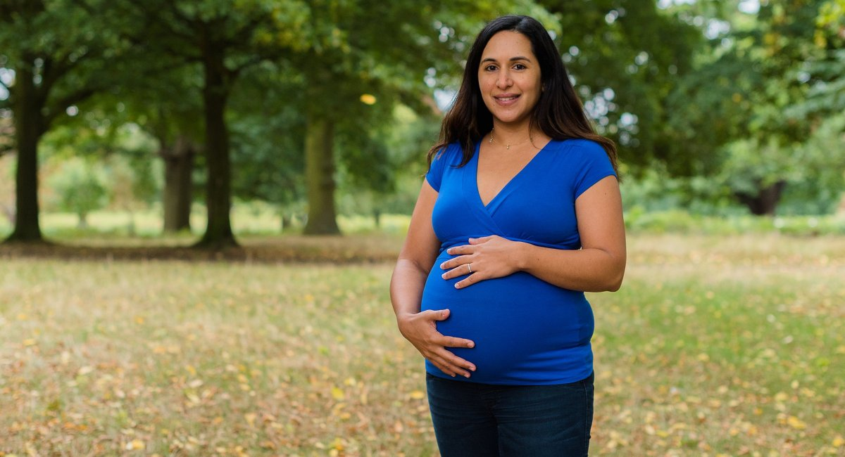 Surrey-Maternity-Photography | Clare Murthy Photography