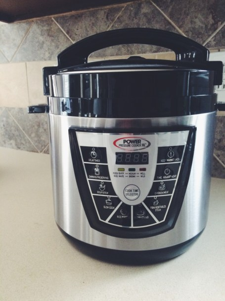 Pressure Cooker : www.claresmith.me