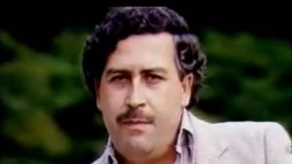 En vivo. Pablo Escobar y el fútbol. Imágenes: documental Colombia Vive.