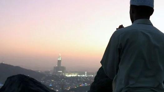 https://i2.wp.com/www.clarin.com/mundo/Peregrinos-musulmanes-inician-Meca-EFE_CLAIMA20111104_0148_4.jpg