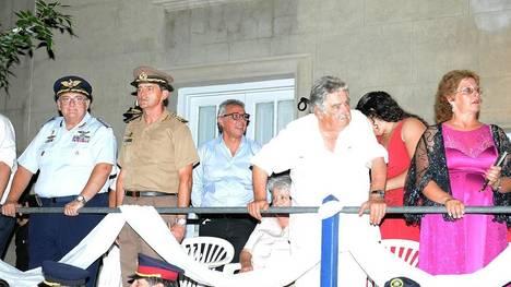 Zamora, Mujica y autoridades de Carmelo
