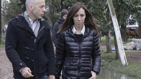 María Eugenia Vidal con Nicolás Ducoté recorren Pilar.