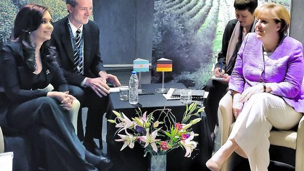 Ultima cita. Cristina Kirchner y Angela Merkel dialogaron a solas en enero de 2013 en la cumbre de presidentes de latinoamérica y la Unión Europea.