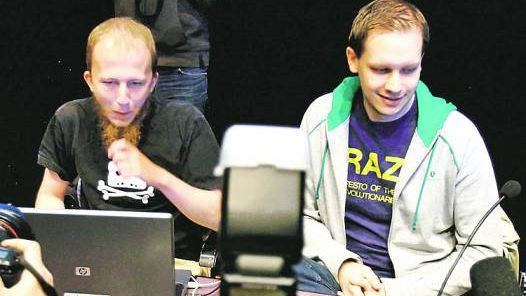 Suecos. gottfrid svartholm warg y peter sunde, de the pirate bay.