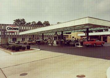 """1970's Crown """"Multi Pump"""" concept. Backlit Canopy Fascia and Display Fountain """"Save Every Mile!"""""""