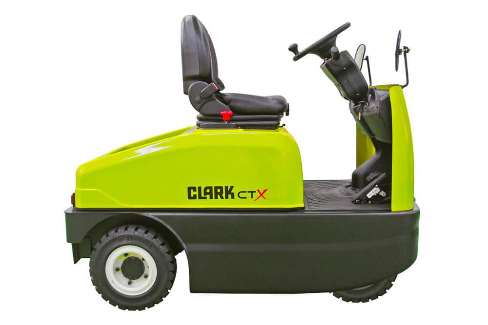 Clark CTX70 Tow Tractor