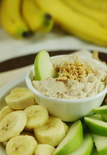 Peanut Butter Greek Yogurt Dip 2