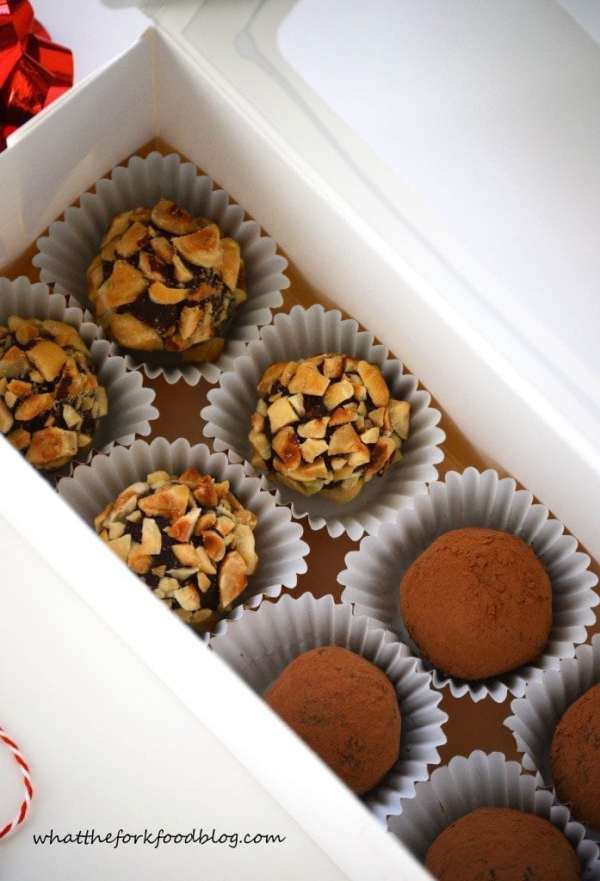 Chocolate-Truffles-3-697x1024