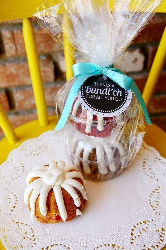 bundt-cake-gift-tag