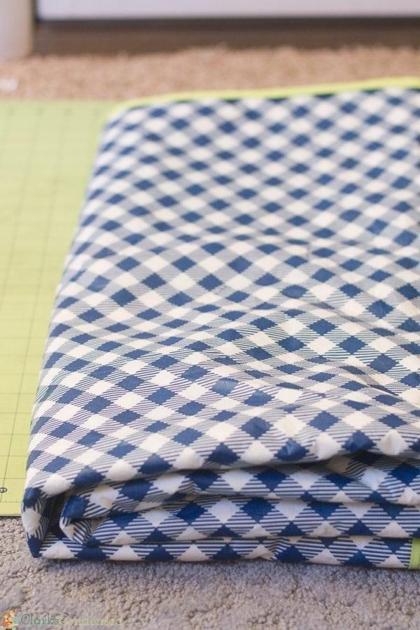 easy-reversible-picnic-blanket-tutorial (3 of 13)