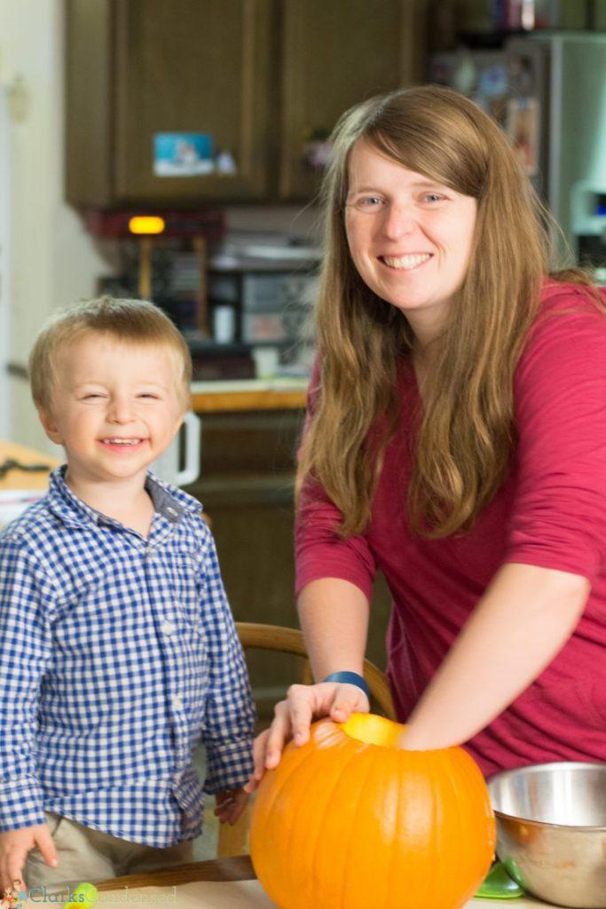 kid-pumpkin-carving-tips (3 of 10)