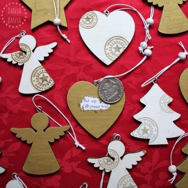 Scratch-off-advent-calendar-idea-using-wooden-christmas-ornaments