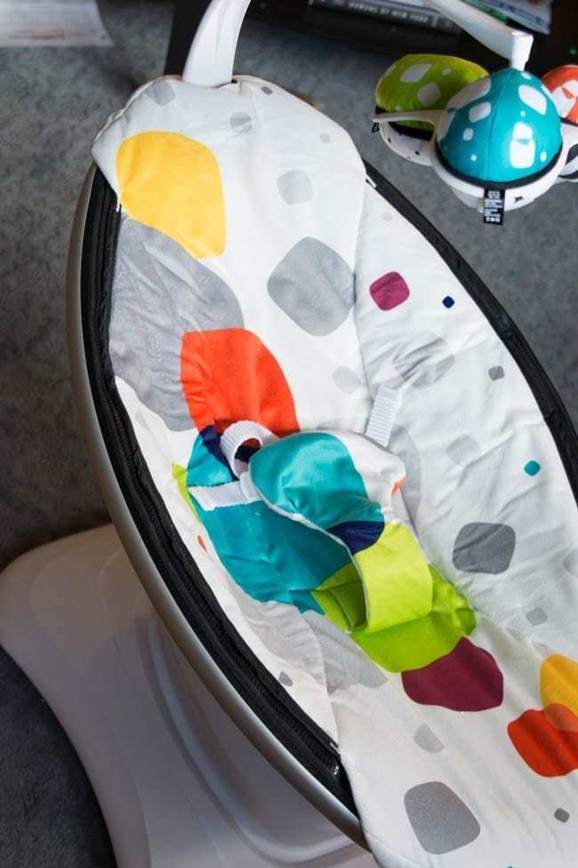 mamaroo-infant-seat (1 of 9)