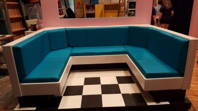 restaurant-booth-seating-upholstery-set-design-002