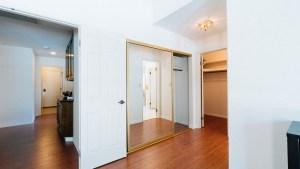 34-Master Bedroom Closet Entry