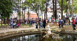 la villa comunale di Piedimonte con gli studenti