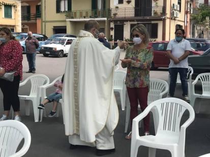 Raviscanina, parrocchia Santa Croce