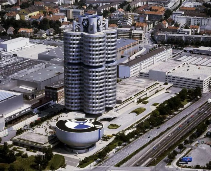 40 YEARS OF THE BMW TOWER AND MUSEUM .
