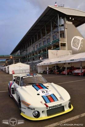 Absolutamente espectacular el Porsche 935 de 1975 con el patrocinio de Martini