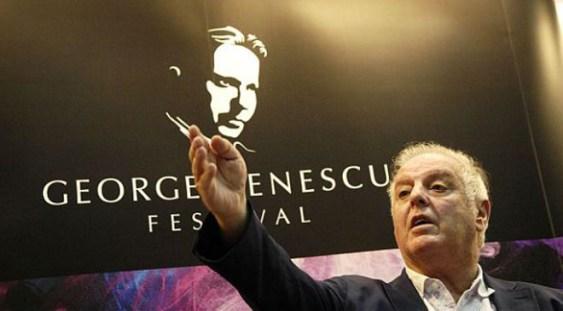 Celebrul pianist Daniel Barenboim a creat un nou tip de pian
