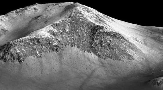 Pe Marte se găsește apă în formă lichidă