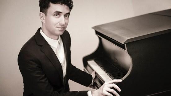 Recital de pian la Universitatea Naţională de Muzică din Bucureşti