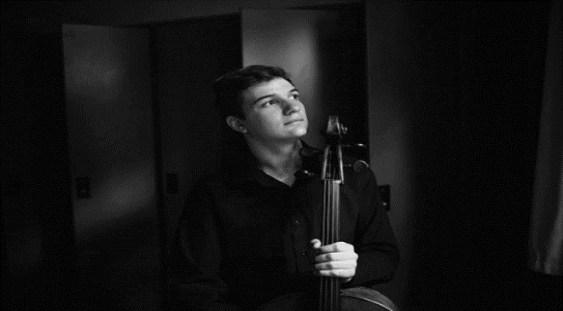 Violoncelistul Andrei Ioniţă – debut alături de Orchestra Filarmonicii George Enescu