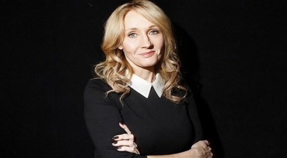 """J.K. Rowling: """"Nu cred ca mi-am dorit vreodată mai mult ca acum să existe magie"""""""