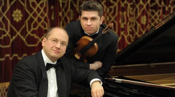 Violonistul Remus Azoiţei cântă la Luxemburg de Ziua Culturii Naţionale