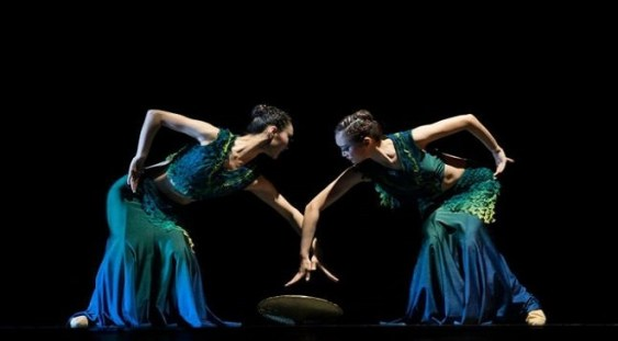 Turneu al prestigioasei Academii de dans din Beijing, în România