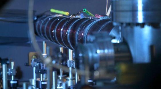 """Fizicienii au creat un fluid cu """"masa negativă"""""""