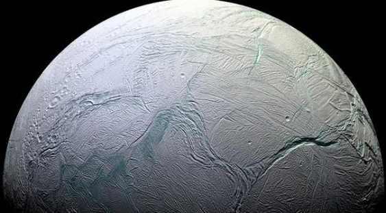 NASA: Doi sateliţi ai planetelor Jupiter şi Saturn ar putea deţine condiţii optime pentru dezvoltarea vieţii