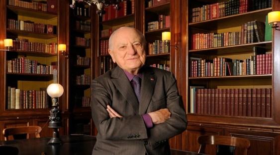 Mai multe partituri muzicale prestigioase au fost scoase la licitație de Pierre Bergé