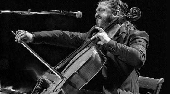 Violoncelistul Adrian Naidin revine în forță la TNB
