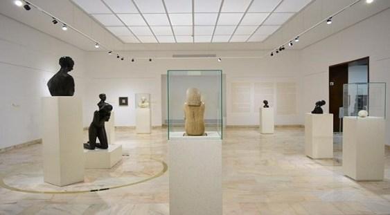 """Sculptura """"Cumințenia Pământului"""" a fost expusă la MNAR"""