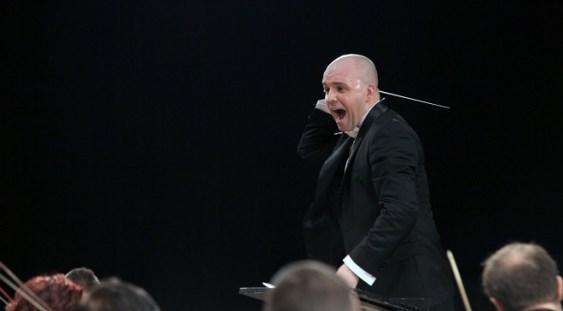 Cristian Lupeş, debut la pupitrul Orchestrei Naționale Radio