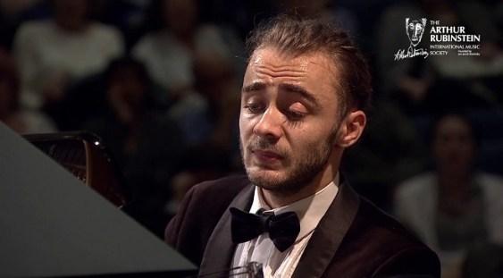 Daniel Petrică Ciobanu va fi solistul Filarmonicii 'George Enescu'